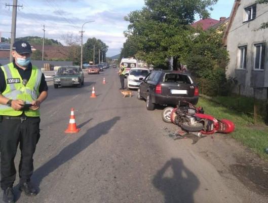 П'яний водій мотоциклу скоїв аварію