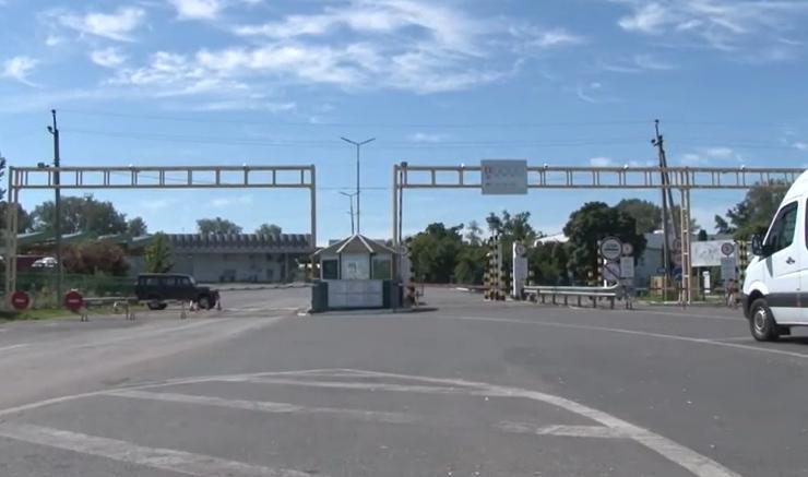 Як зараз працюють КПП на українсько-угорському кордоні