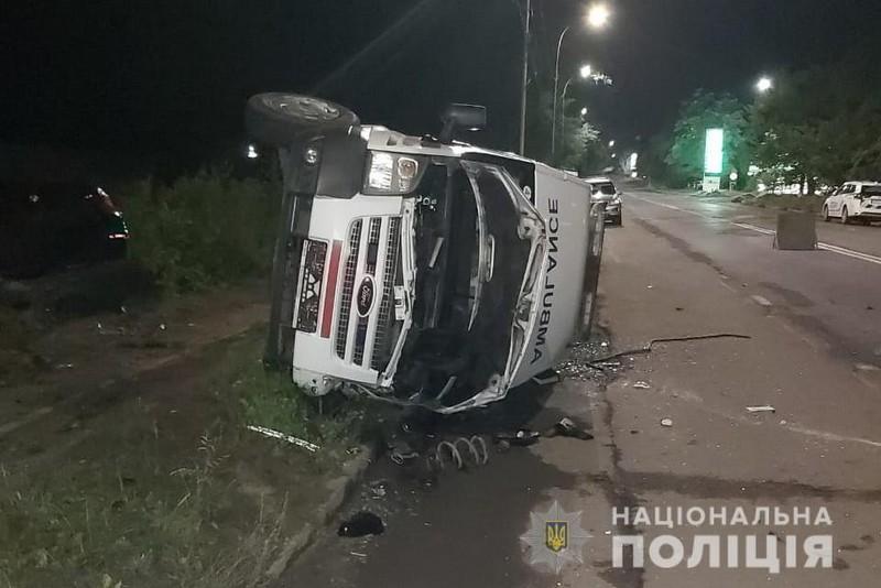 Моторошна ДТП за участі швидкої в Ужгороді: в якому стані постраждалі