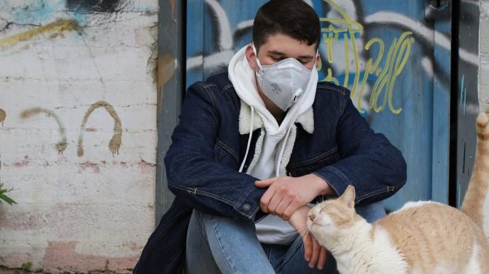 На коронавірус все частіше хворіє молодь, – ВООЗ