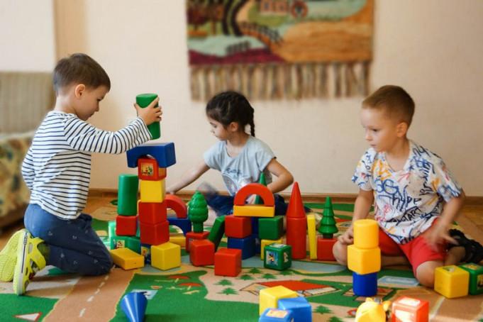 У двох районах Закарпаття дитсадки досі не працюють