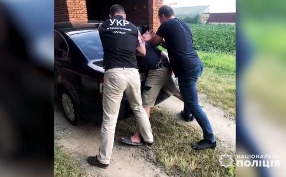 Закарпатець скоїв злочин: оприлюднено відео спецоперації по його затриманню