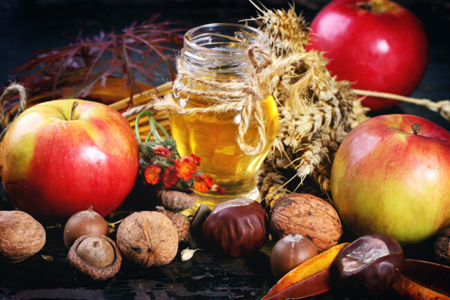 Медовий, Яблучний і Горіховий Спаси: коли відзначають ці свята
