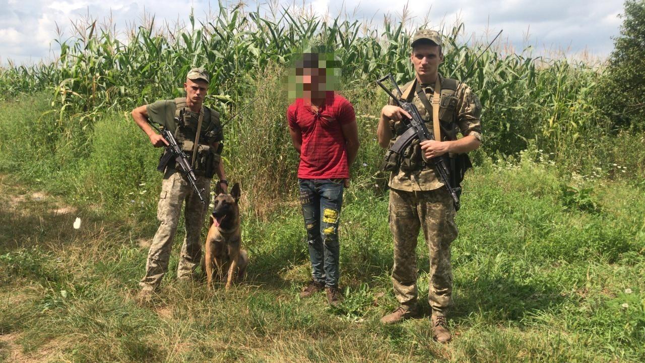 Біля кордону спіймали іноземця, підозрюваного в убивстві