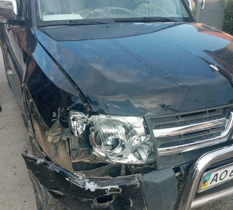 П'яний водій Mitsubishi Pаjеrо скоїв аварію
