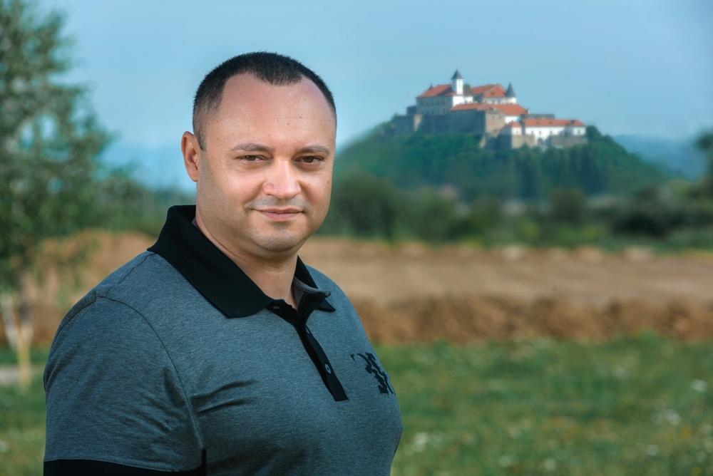 Андрій Лукач: історія успіху