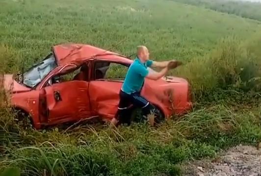 Загинув 22-річний хлопець: у мережі показали відео з місця аварії