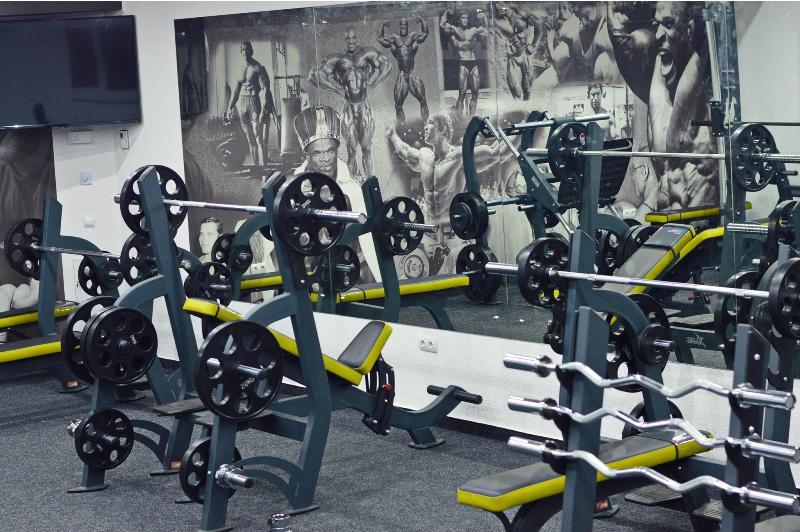У Мукачеві чоловік скоїв крадіжки у кількох спортзалах – D-Fitness та Elite Sport Club