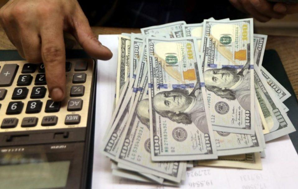 Міністр спрогнозував курс долара до кінця 2020 року