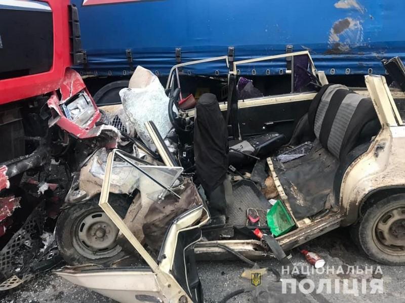У моторошній аварії загинули троє жителів Великих Лучок