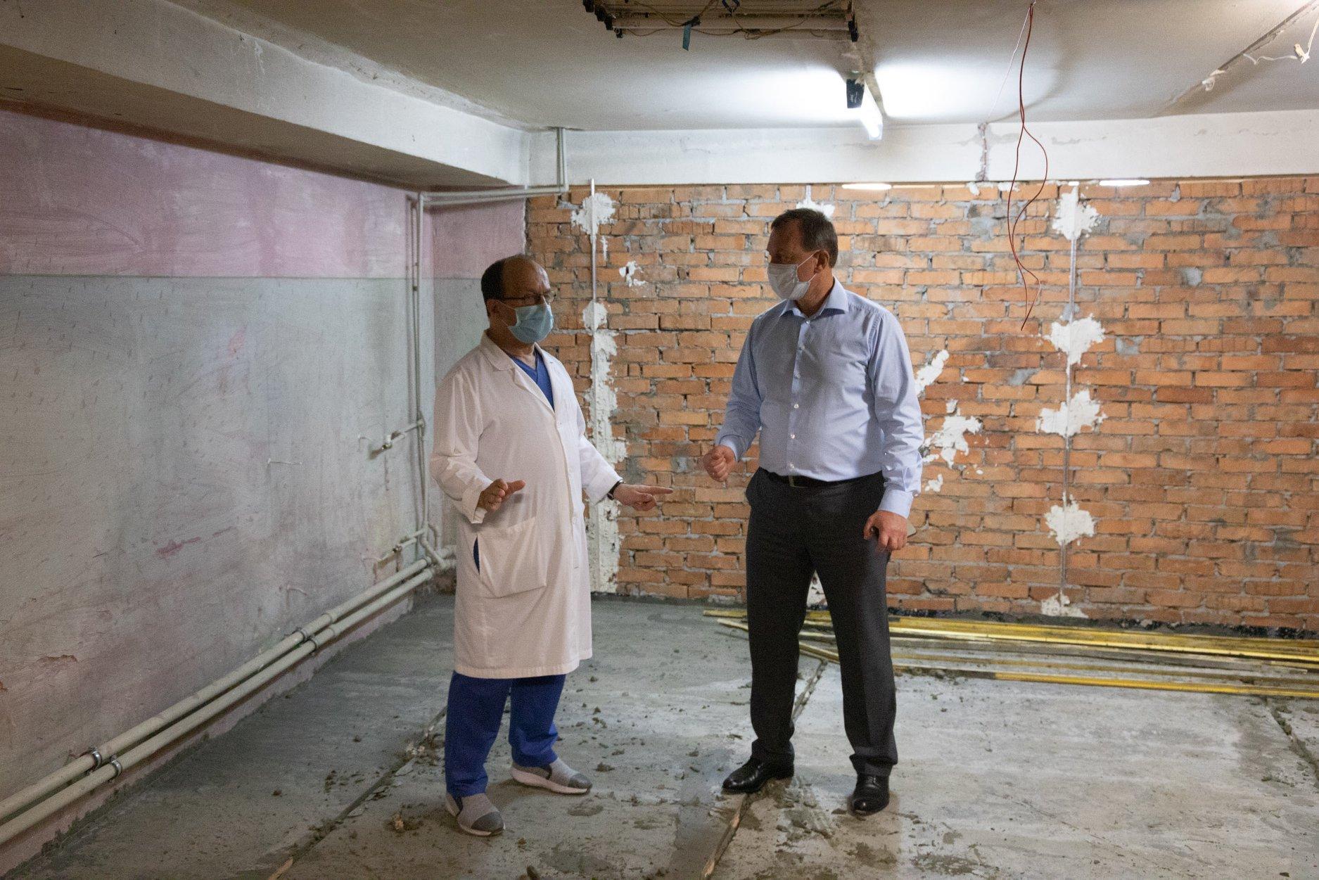 В Ужгородській центральній міській лікарні розпочали реконструкцію приймального відділення