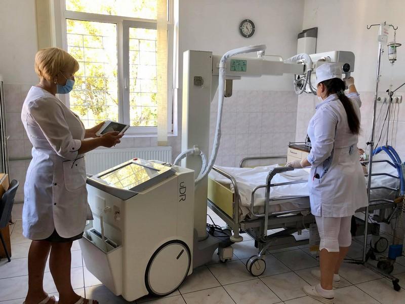 У лікарні святого Мартина є сучасний апарат, який використовують при лікуванні пацієнтів із COVID-19