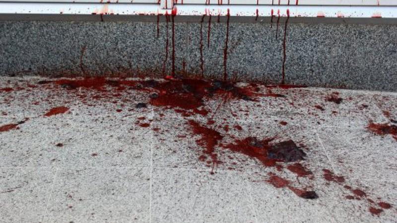 Неподалік Зеленого ринку у Мукачеві чоловік стік кров'ю. Він помер