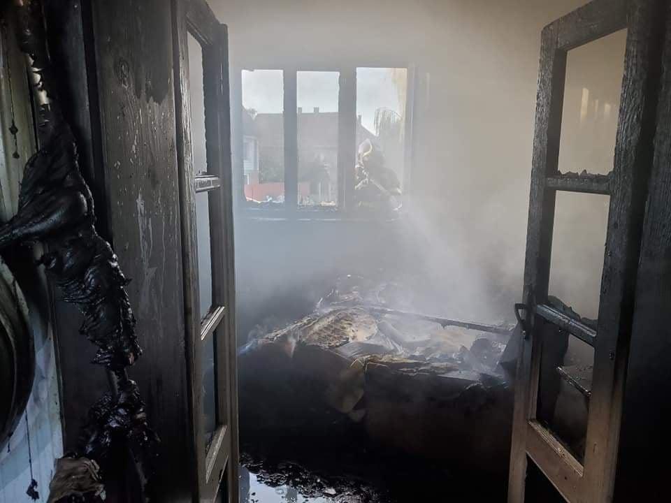 У будинку вигоріли дві кімнати