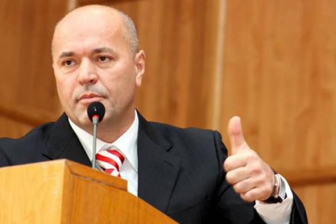 Колишній мер Ужгорода заявив, що балотуватиметься знову на цю посаду