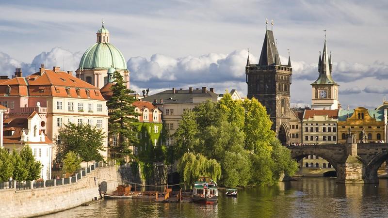 У Чехії найвищий добовий приріст заражень із початку епідемії
