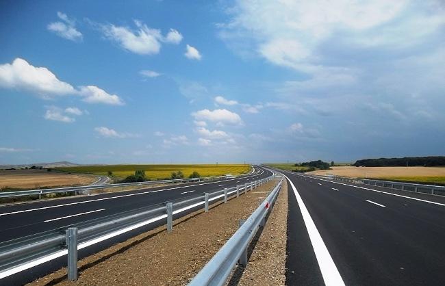 Зі Львова до Мукачева хочуть побудувати швидкісне шосе і шукають на нього гроші