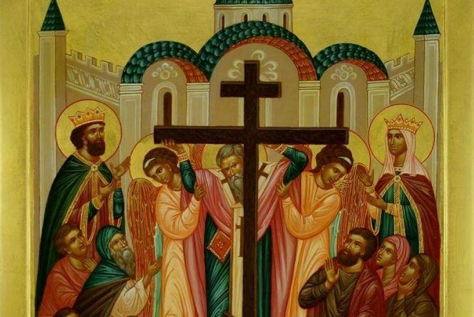 Воздвиження Хреста Господнього: головні традиції та заборони