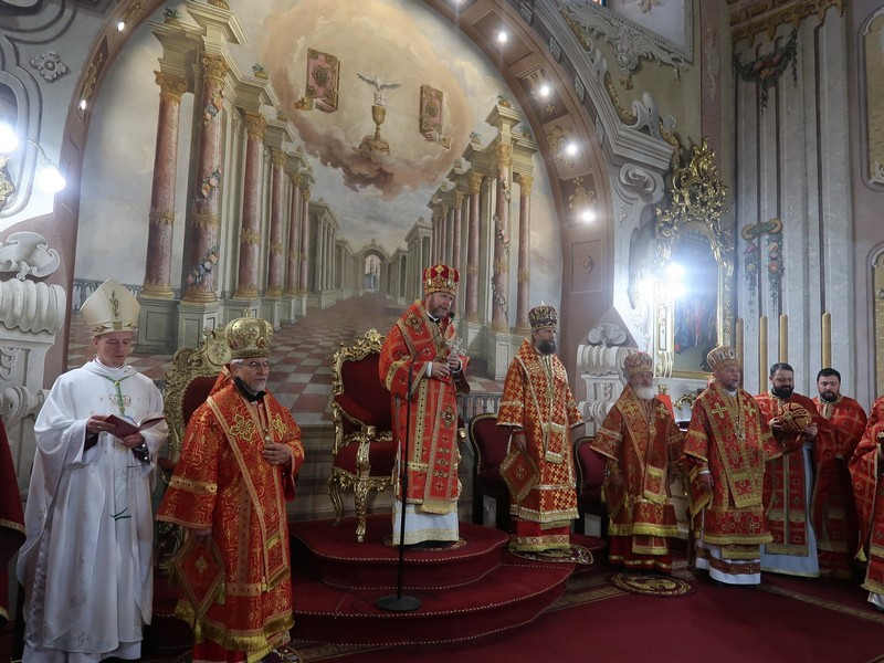 Інавгурація єпископа Ніла Лущака відбулася в Ужгородському Кафедральному соборі