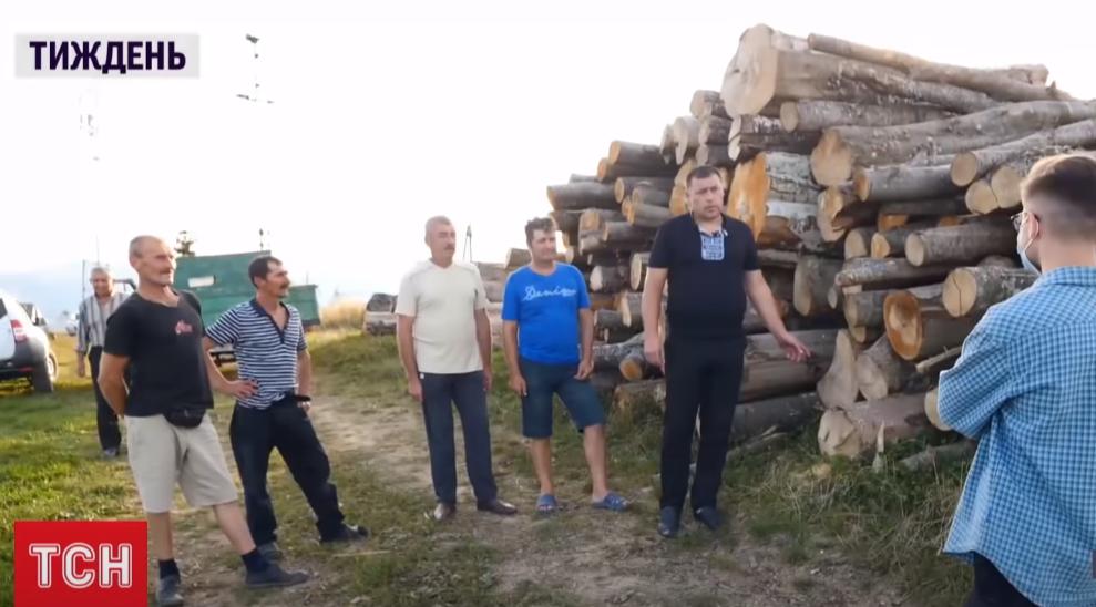 Люди з кількох сіл Закарпаття протестують: відомо, що вони вимагають