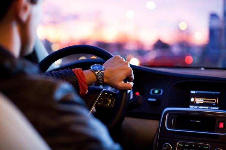 8 нетверезих водіїв зупинили поліцейські за добу