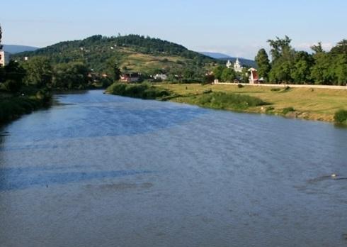 Синоптики попереджають про підвищення рівнів води у річках