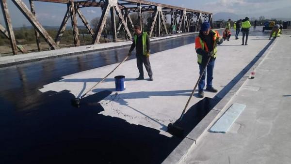 У Буштині ремонтують міст