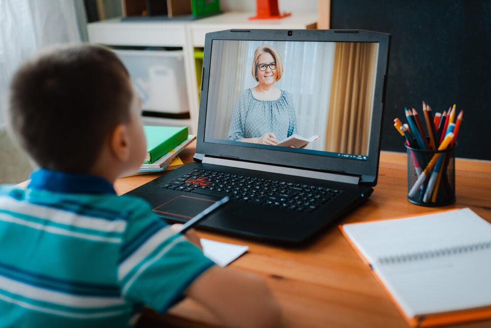 У Мукачеві змінено режим роботи шкіл та дитсадків на найближчі три дні