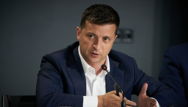 Чи запровадять в Україні жорсткий карантин: відповідь президента