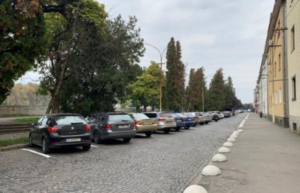 На одній із вулиць Мукачева змінили організацію дорожнього руху