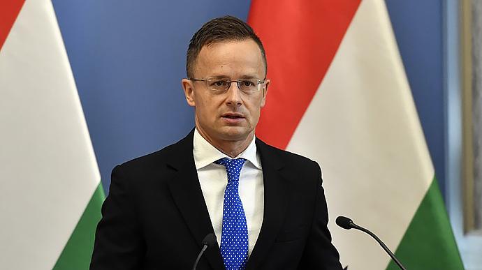 Глава МЗС Угорщини у день виборів в Україні оприлюднив резонансну заяву