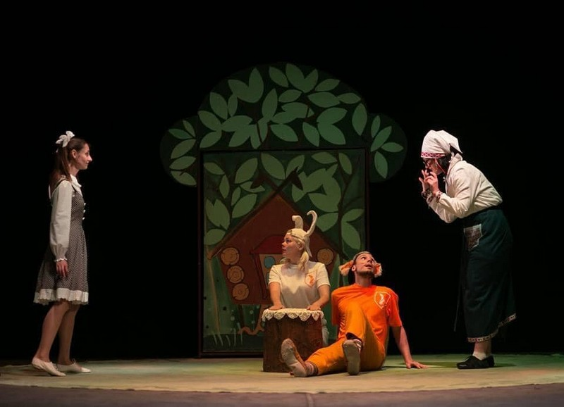 Мукачівський драматичний театр запрошує діток на кумедну виставу