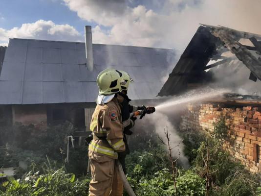 На Виноградівщині сьогодні спалахнула пожежа