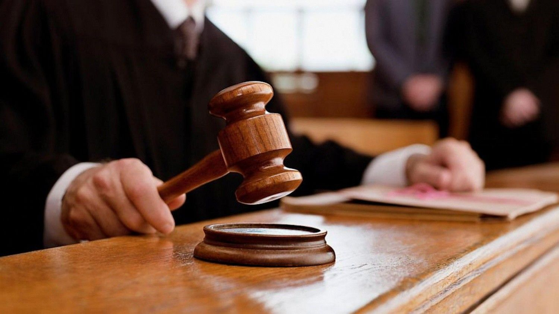 Шестеро працівників поліції постануть перед судом