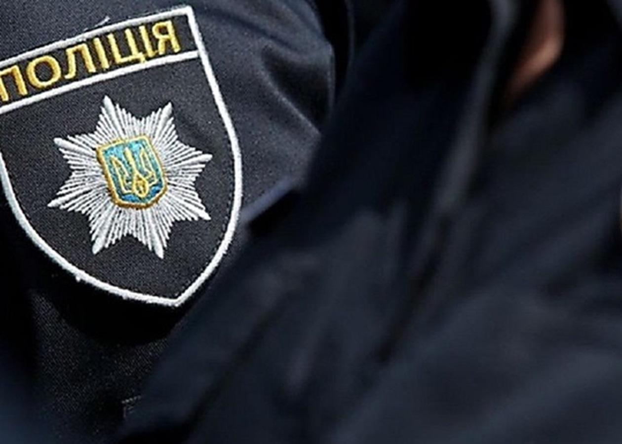 З'явилася інформація про стан поліцейського, який вистрілив собі в голову