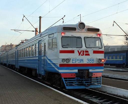 Через поширення коронавірусу на Закарпатті змінився рух деяких поїздів