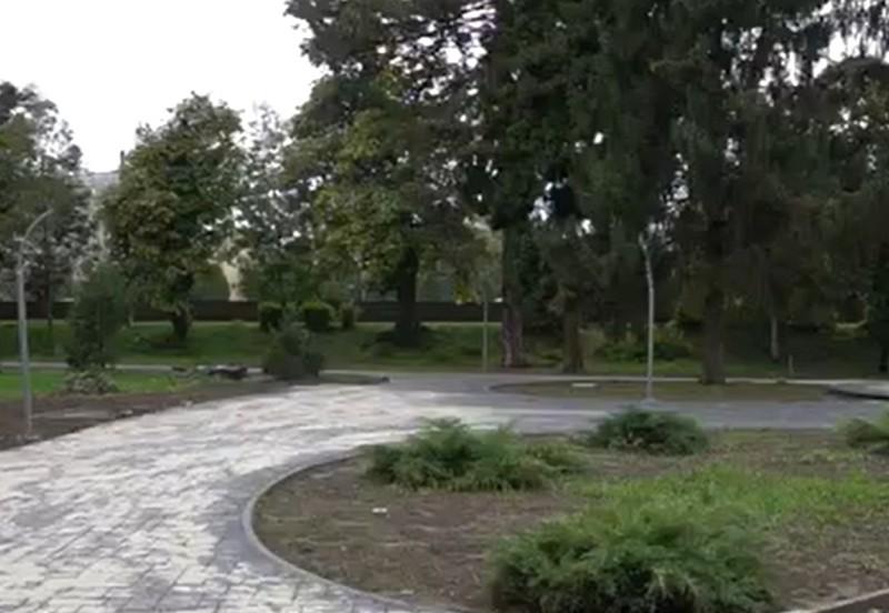 У Мукачеві завершують реконструкцію одного з парків