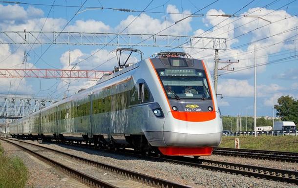 """Якщо будуть гроші, то запустять швидкісний потяг сполученням """"Київ – Мукачево"""""""