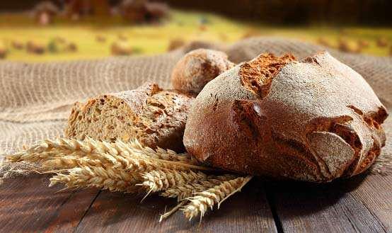 В Україні подорожчають хліб та солодощі