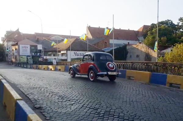 Деталі довелося купувати по всьому світу: берегівчанин відреставрував старовинне авто