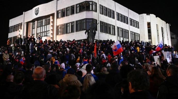 У Словаччині протестують проти карантину