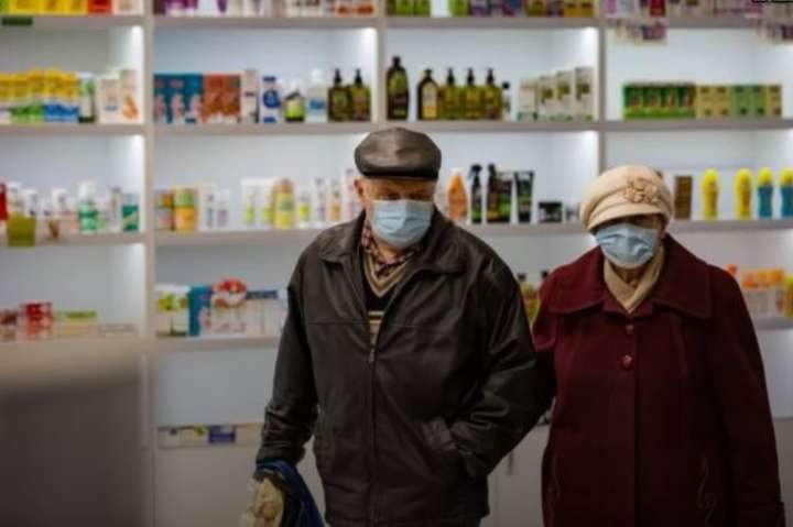 """В Україні ввели """"пріоритетні години"""" для пенсіонерів"""