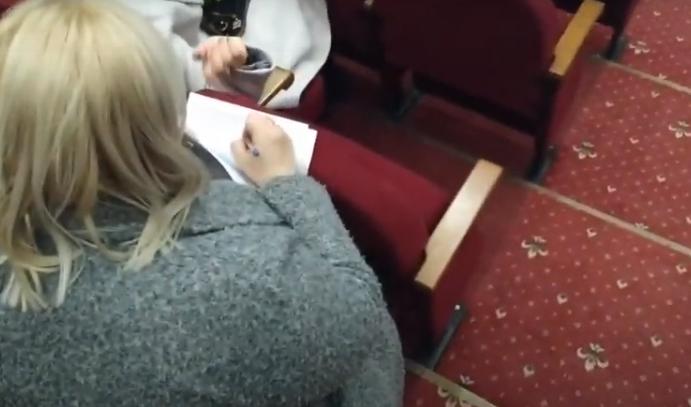Спостерігач ОПОРИ зняв на відео ймовірне порушення в Ужгороді