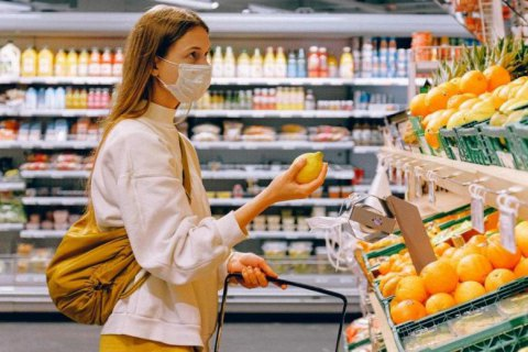 В Угорщині обмежили відвідини магазинів