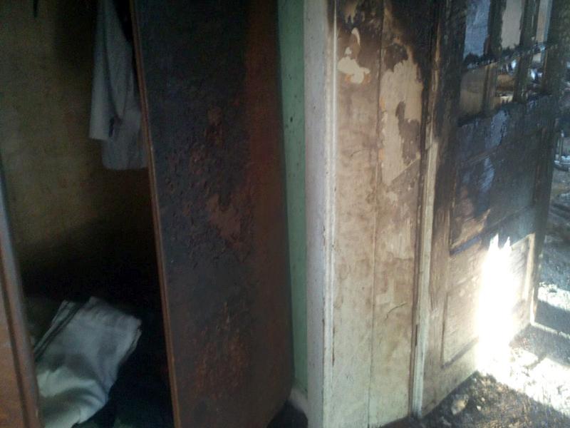 За два тижня вогнеборці двічі гасили пожежу в одному дворі