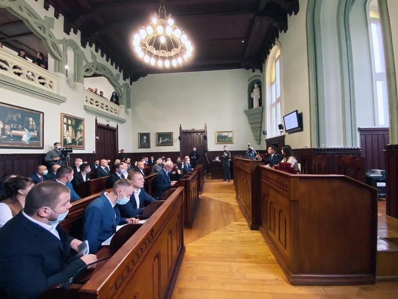 У Мукачівській міськраді створили 5 депутатських комісій