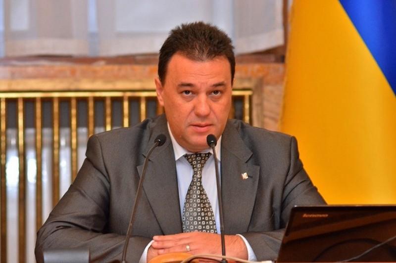 Чинного голову Закарпатської облради Михайла Рівіса вдруге буде висунуто на цю посаду