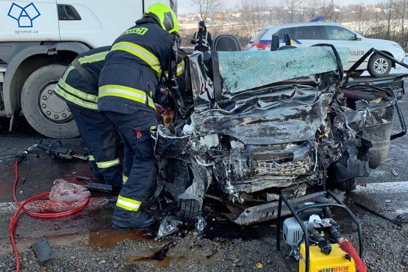 Моторошна аварія із п'ятьма загиблими у селі Лалово: водій фури розповів про момент зіткнення на Мукачівщині