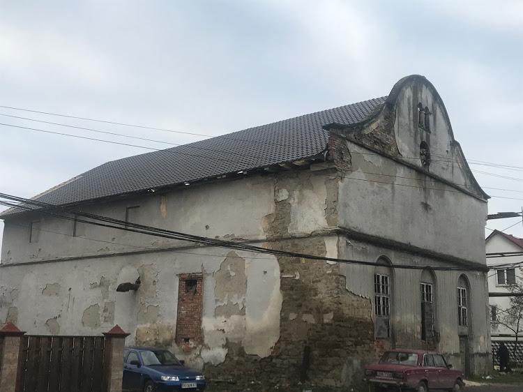 Одну із найстаріших в Україні синагог реконструюють на Закарпатті