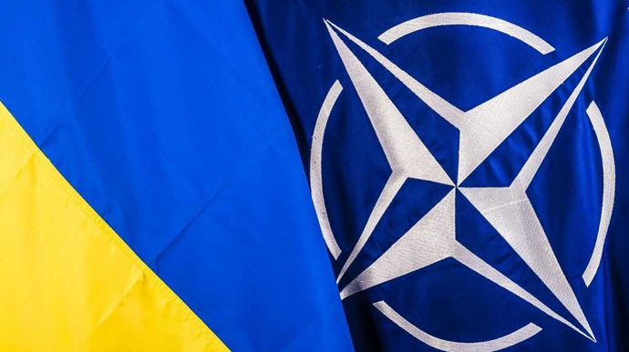 НАТО не буде втручатися в суперечку України та Угорщини